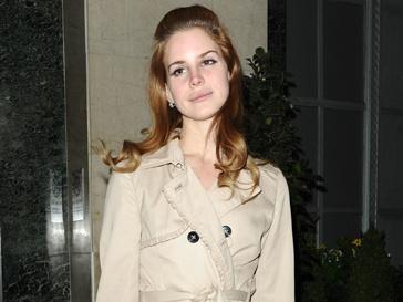 Лана Дель Рей (Lana Del Rey) вдохновляет дизайнеров и редакторов моды