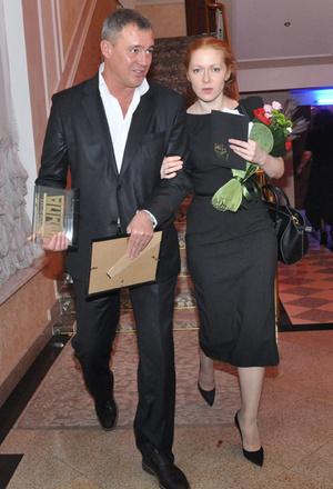 Вдова Андрея Панина вышла в свет