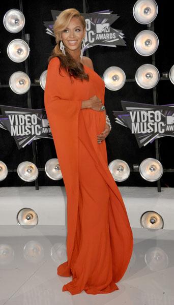 Бейонсе беременна, 2011