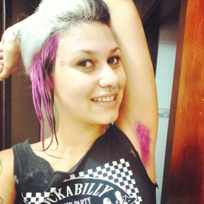 Майли сайрус волосы подмышками