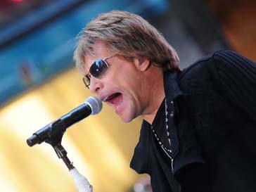 Джон Бон Джови (John Bon Jovi) играет в кино