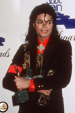 Майкл Джексон, 19 место
