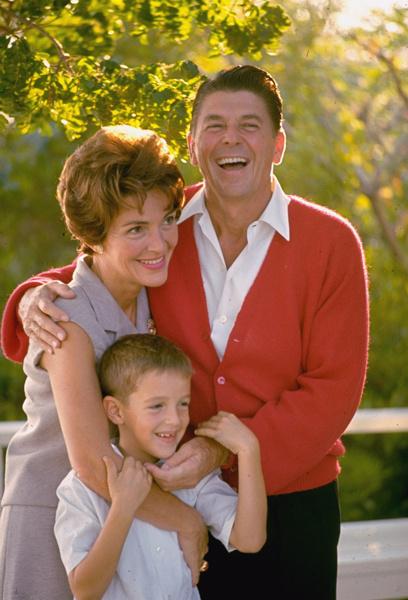 Скончалась бывшая первая леди США Нэнси Рейган - Цензор.НЕТ 2449