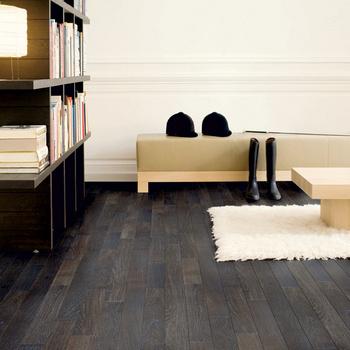Ламинат из коллекции Linesse, лакированный черный дуб, Quick-Step, компания Unilin Flooring, компания «Паркет-Пол 21 век».