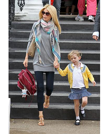 Клаудиа Шиффер (Claudia Schiffer) с дочкой Клементиной