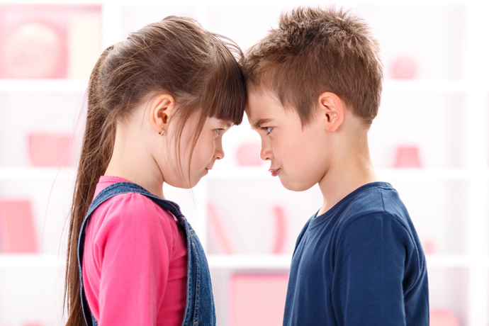 Rivalry between children: what to do to parents