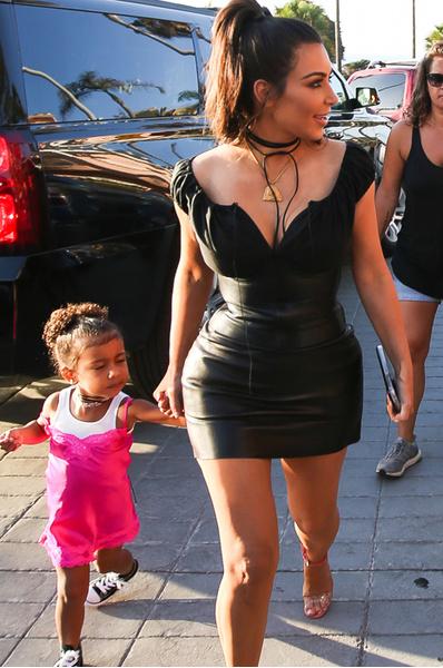 Похудевшая Ким Кардашьян с дочкой Норт