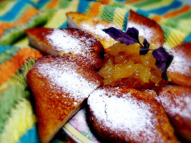 Французские гренки с быстрым вареньем из яблок