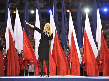 Кристина Агилера (Christina Aguilera) на Суперкубке Национальной футбольной лиги