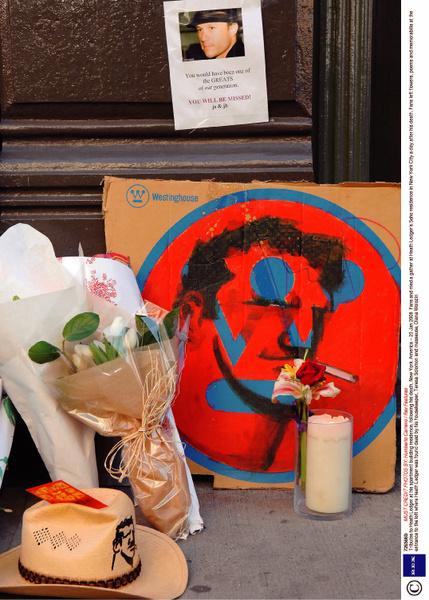 В сентябре 2007-го Леджер расстался с невестой Мишель Уильямс и переехал в нью-йоркский пентхаус, где и был обнаружен мертвым 22 января.