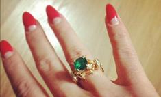Модный выбор Алены Водонаевой - изумруды и бриллианты