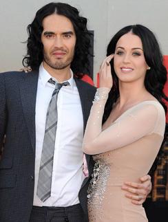 Кэти Перри (Katy Perry) и Рассел Бренд (Russell Brand) любят удивлять своих поклонников.