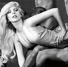 Леди Гага выпустит сексуальный парфюм