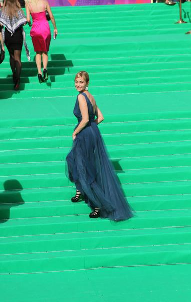 Знаменитая французская актриса Эммануэль Беар также приехала в Москву за наградой.