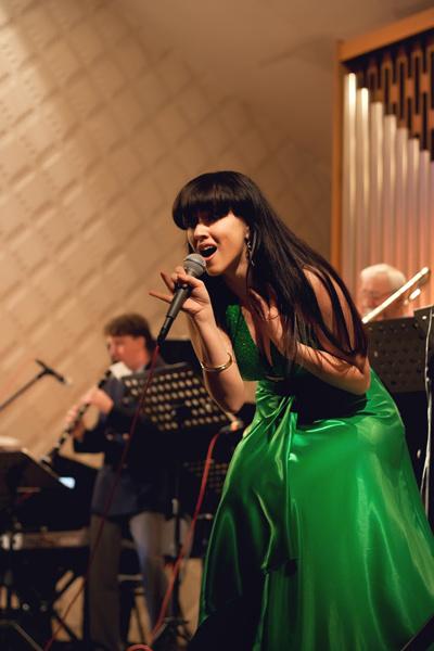 Проект Главная сцена на России 1: певица из Ульяновска Иделия Мухаметзянова прошла в полуфинал