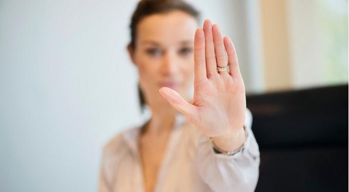 7 фраз, которые прекратят неприятный разговор