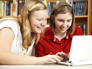 Современные дети большую часть времени проводят за компьютером
