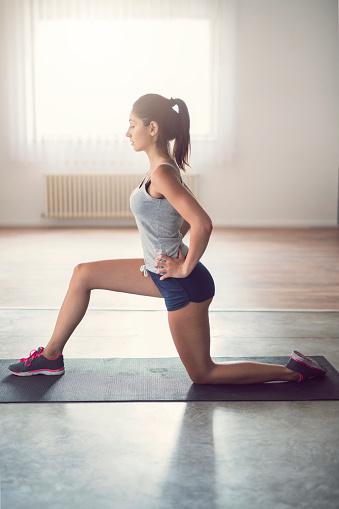 упражнения от галифе на бедрах