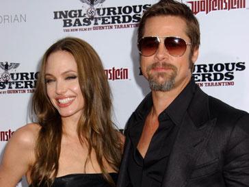 В семье Джоли-Пит праздник