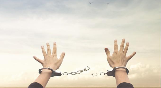 Сценарий созависимости: когда пора отделить себя от других и как это сделать