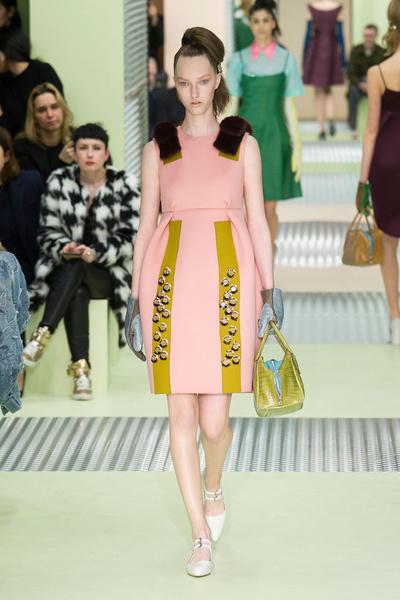 Показ Prada на Неделе моды в Милане | галерея [1] фото [14]