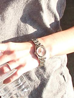 Меган Фокс (Megan Fox) даже в спортзале не расстается со своими часами