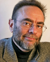 , специалист по расстройствам, связанным с питанием, автор многих популярных книг, одна из которых – «Ешьте с миром!» («Mangez en paix!» Odile Jacob, 2009).