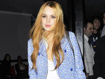 Линдсей Лохан (Lindsay Lohan) потеряла сознание после изнурительных ночных съемок