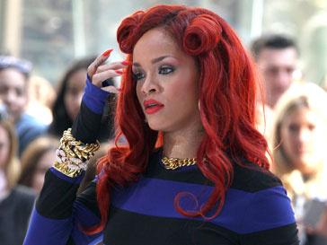 Рианна (Rihanna) стала самой популярной женщиной в соцсети Facebook