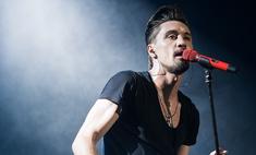 Дима Билан выронил микрофон на концерте в Новосибирске: видео