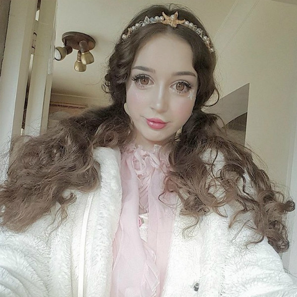 Барби и Кены: сколько стоит стать куколкой