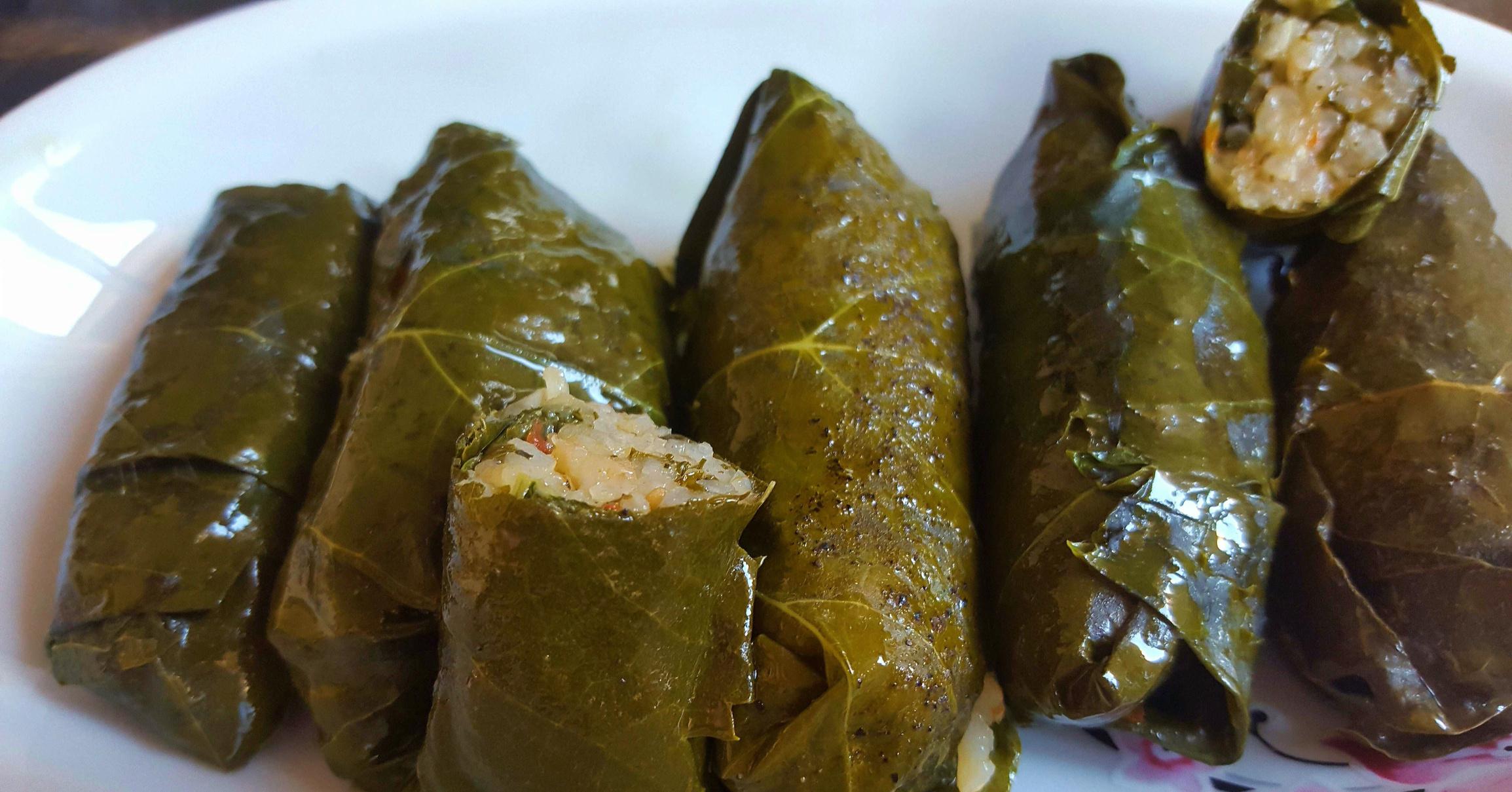 Рецепт армянской долмы в виноградных листьях пошагово