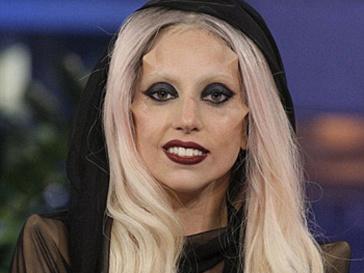 Леди ГаГа (Lady GaGa) заняла второе место в рейтинге самых страшных музыкантов