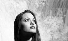 Архивные кадры: Анджелина Джоли в фотосессии 20-летней давности
