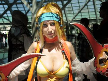 Поклонница Final Fantasy в костюме Rikku