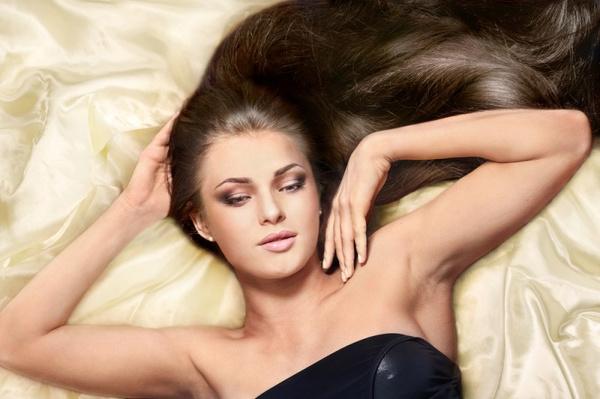 Как вылечить жирные волосы