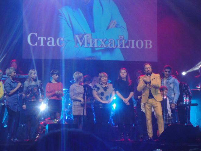 Стас Михайлов на концерте в Иркутске спел вместе со зрителями