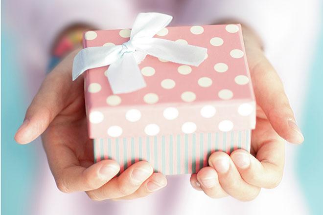 Подарок на бумажную свадьбу