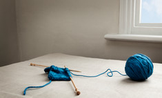 Практичное рукоделье: как научиться вязать шарф?