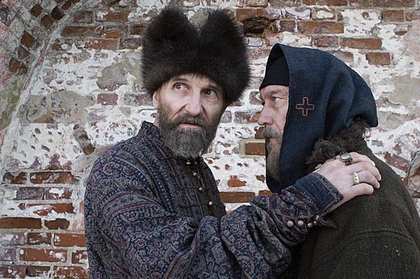 Для Олега Янковского (на фото справа) роль митрополита Филиппа стала последней.