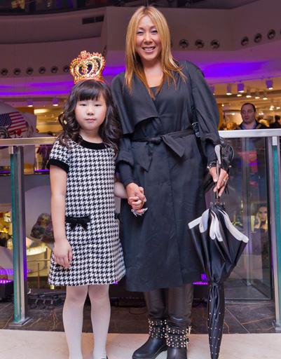 Анита Цой с племянницей Ким Юна