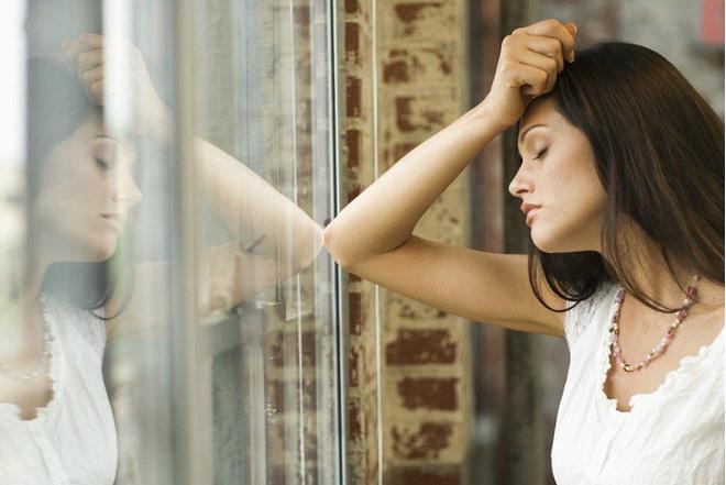 Апатия: причины, лечение, симптомы, как с этим бороться