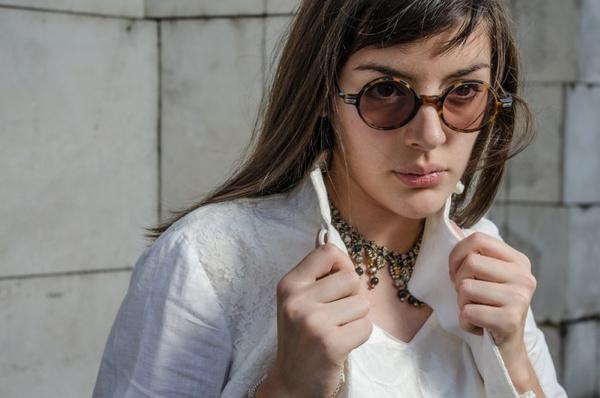 Круглые очки с чем носить