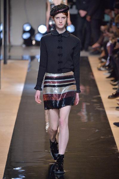 Неделя моды в Париже: показы Alexander McQueen и Paul & Joe ready-to-wear осень — зима 2015-2016   галерея [2] фото [7]