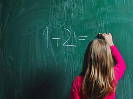 Ей трудно удерживать внимание, не получается сконцентрироваться... Как помочь ребенку учиться?