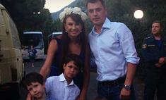 Игорь Петренко увез детей в Крым