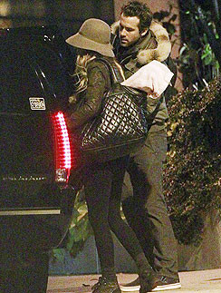 Блейк Лайвли (Blake Lively) и Райан Рейнольдс (Ryan Reynolds)