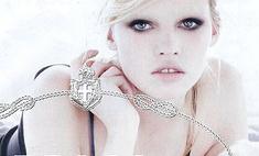 Новым лицом Prada стала модель Лара Стоун