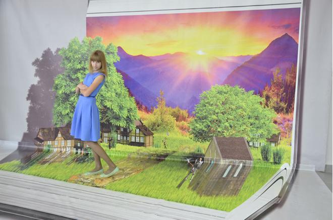 Волгоград, выставка 3D картин, фотография, идеи для фотосессии, как фотографировать, семья, куда пойти семьей, Комсомолл