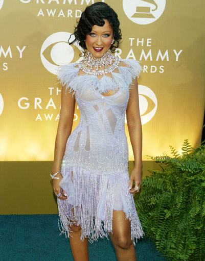 "Кристина Агилера (Christina Aguilera) на ""Грэмми"", 2004 год"